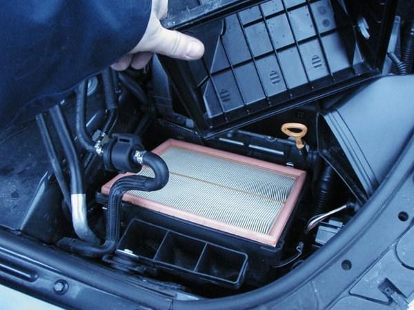 [新聞] 汽車養護的五步戰略空調濾清器需要清潔