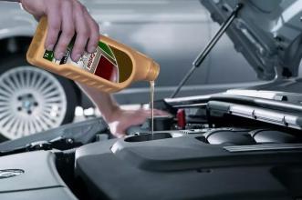 [新聞] SUV日常保養注意事項儀表台清潔防鹼性強