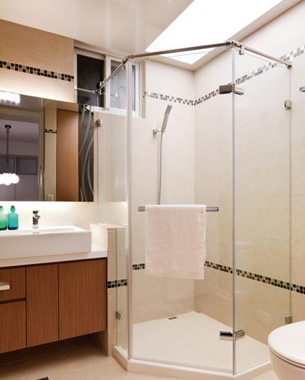 [新聞] 淋浴房玻璃清潔小妙招