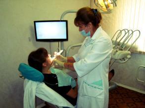 [新聞] 鑲牙後應該如何清潔口腔?