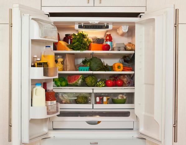 [新聞] 清潔家電有竅門 冰箱電磁爐都要時常清潔