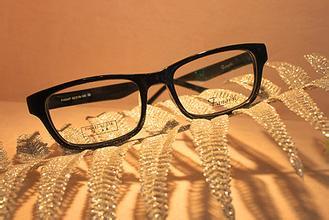 [新聞] 清潔眼鏡的最佳方式