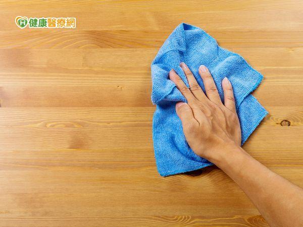 [新聞] 天氣悶熱蚊蟲生 選擇天然清潔用品環保又健康
